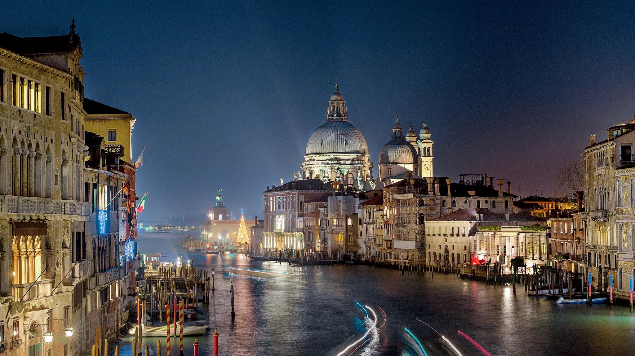 Paesaggi-Italia - DSC 5479 - Fotografia-notturna-Venezia-Canal-Grande - Fotografia-notturna-Venezia-Canal-Grande
