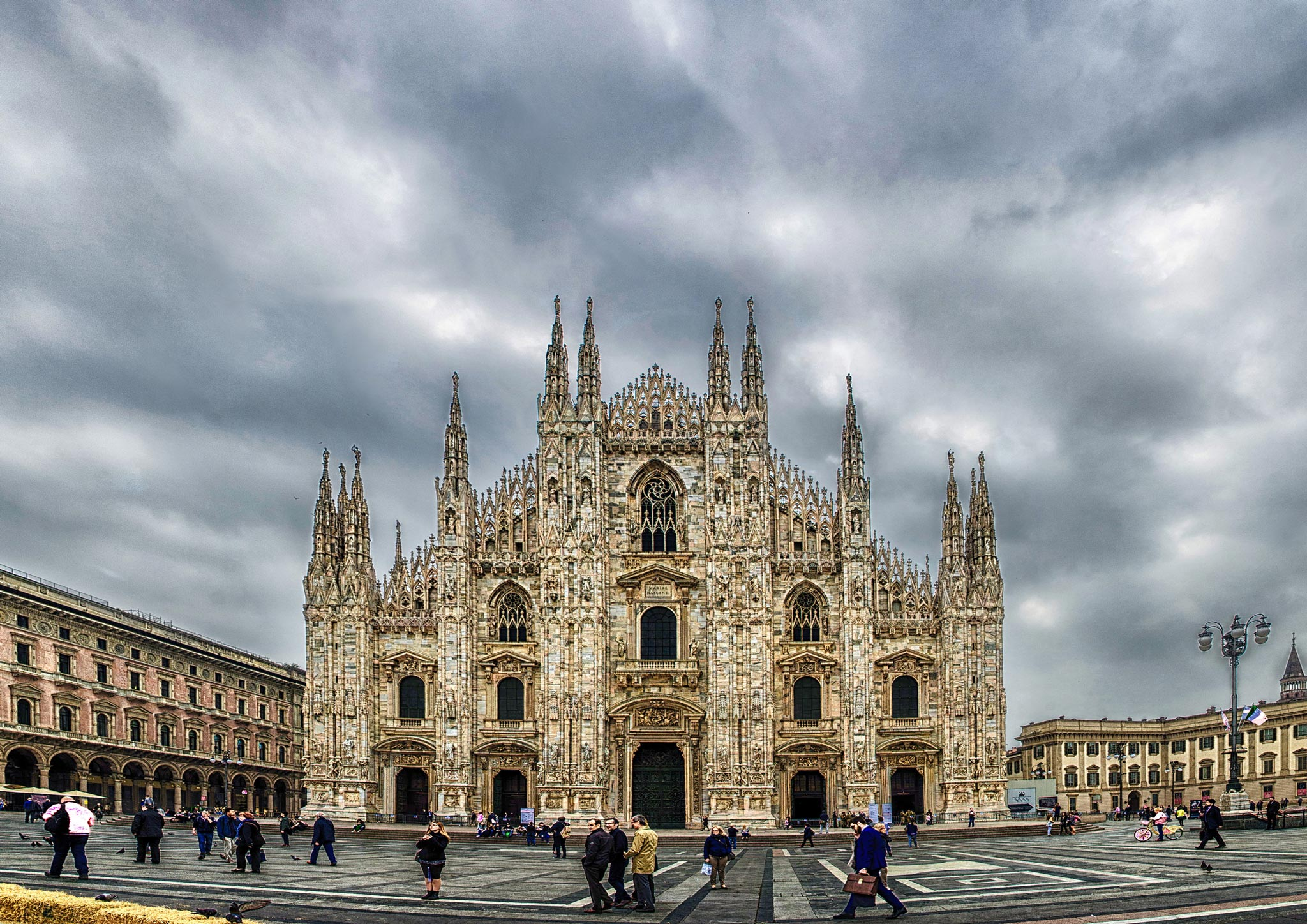 Paesaggi-Italia - Duomo - Duomo-di-Milano-Fotografo - Duomo-di-Milano-Fotografo