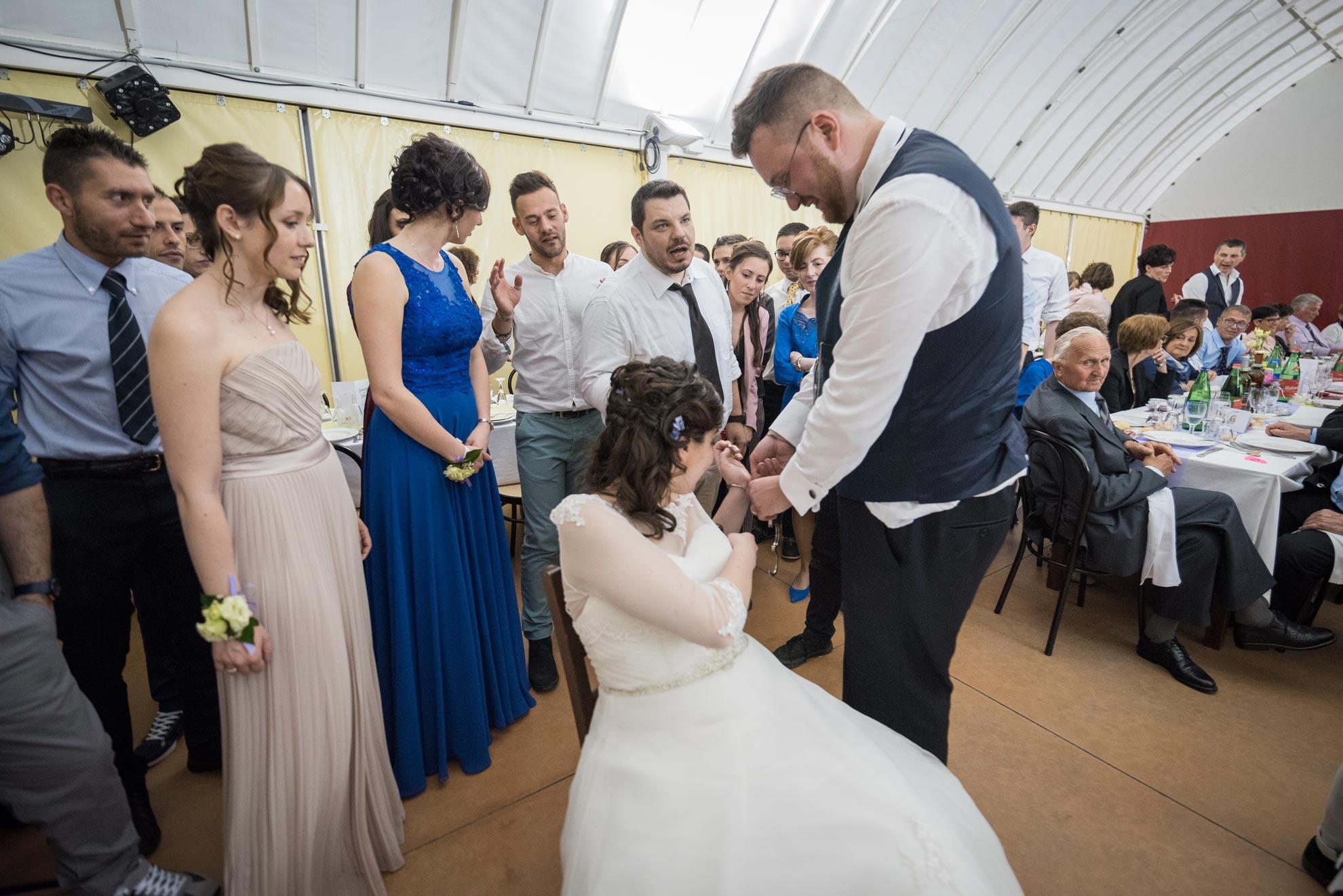 Matrimonio a Narzole Lorenza Diego - DSC 0852 - Fotografo matrimonio nelle Langhe festa - Fotografo matrimonio nelle Langhe festa