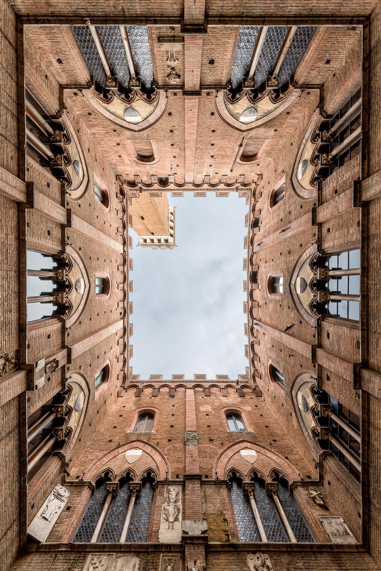 Paesaggi-Italia - DSC 1493 2  - Fotografo Archittetura Siena Torre del Mangia palazzo comunale - Fotografo Archittetura Siena Torre del Mangia palazzo comunale