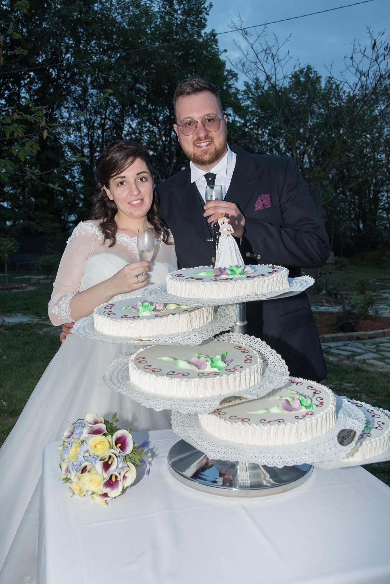 Matrimonio a Narzole Lorenza Diego - DSC 3415 - Fotografo matrimonio taglio della torta - Fotografo matrimonio taglio della torta